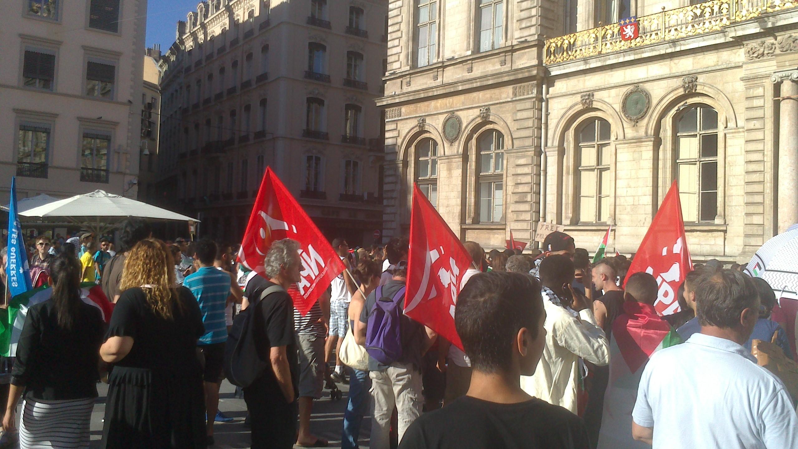 Le Nouveau Parti Anticapitaliste (NPA) était présent