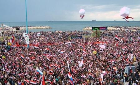Tartous: manifestation de soutien au président Assad (2011)
